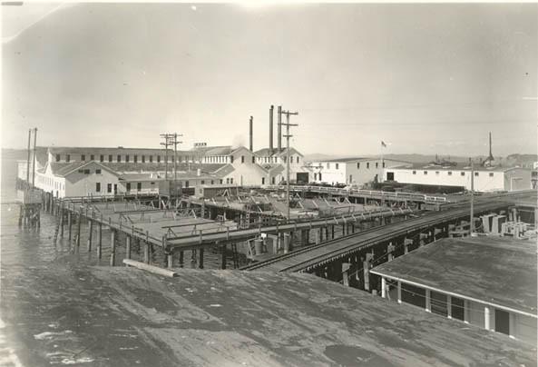 1945_June_14_Elmore_Cannery_Astoria