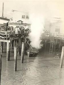 1946_Elmore_Boat_fire