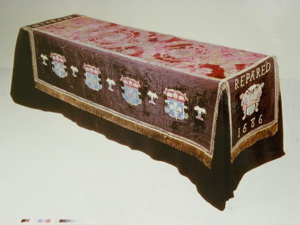 1  Pall 16th century