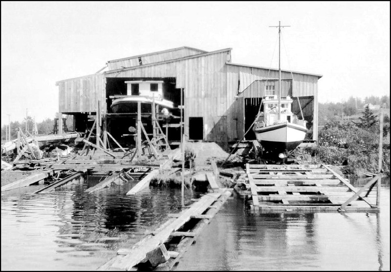 Astoria-early AMCCO  Shipyard   Right  Marilynn  R