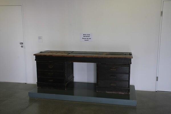dacau scrivania originale