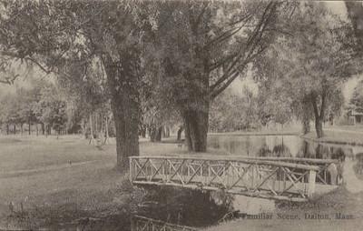 Dalton Bridge in Park