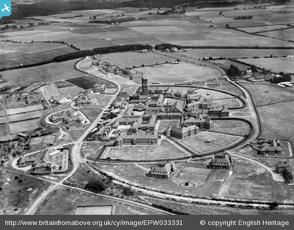 The Park Prewett Hospital, Basingstoke, 1930 - Britain from Above http://www.britainfromabove.org.uk/image/EPW033331