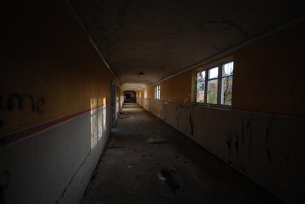 Corridor shot around Dene
