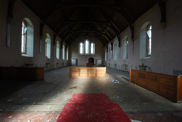 Looking towards the Alter end