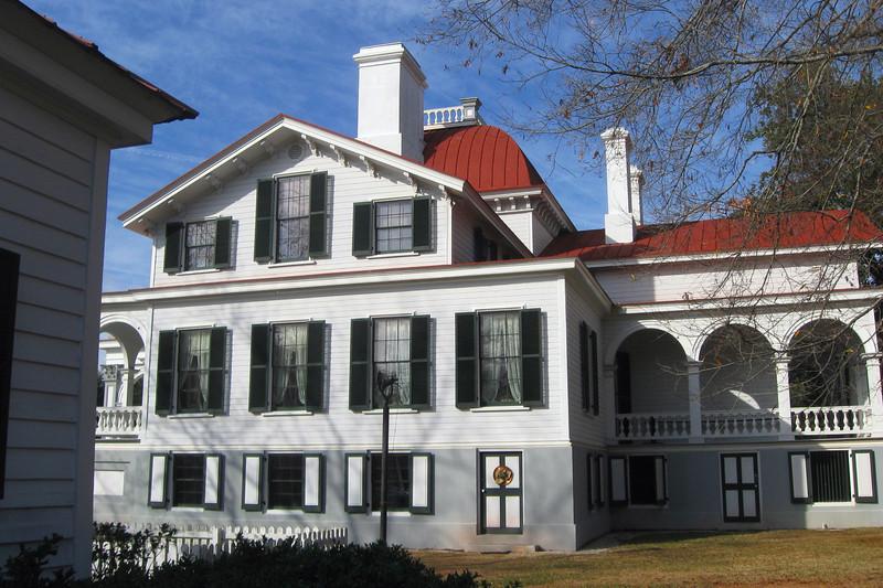 Kensington Mansion