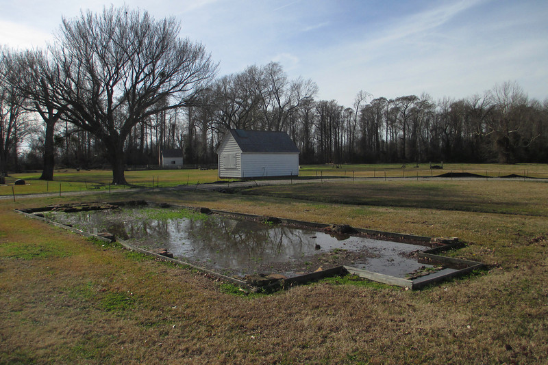 Lake Chapel