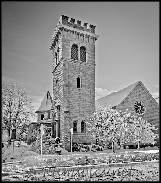 Lawrence Avenue Methodist Church, Charlotte, Michigan after first snowfall of 2011.