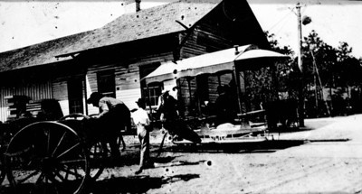 Fort Myers: Courtesy of State Archives of Florida, Florida Memory, http://floridamemory.com/items/show/140514