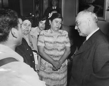 1951, Women Protest to Mayor