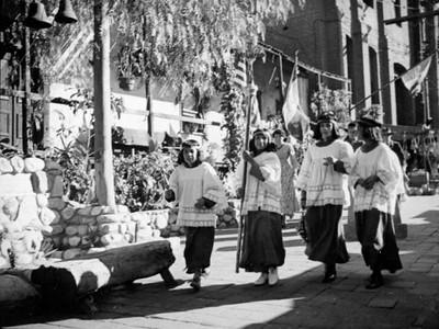 1937, Olvera St. Altar Boys