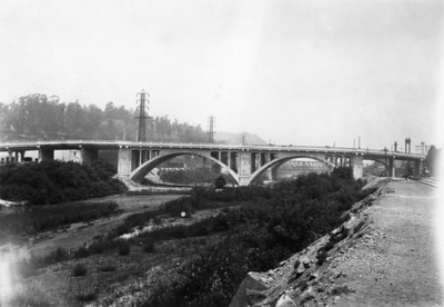 1928, New Bridge