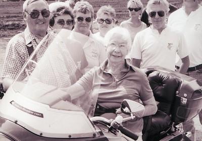 Vera Griffin with Dottie Bridgford