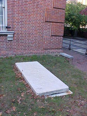 George Mifflin Dallas Grave, St Peter's Church, Philadelphia, PA from flagguys.com