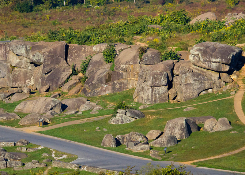 Zoomed in view of Devil's Den view from Little Round Top
