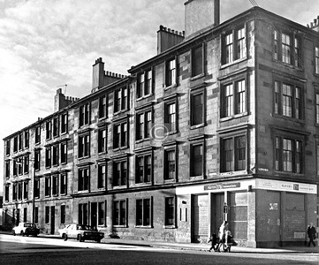 Laidlaw St and Wallace St.     December 1975