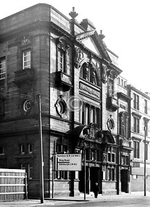 Paisley Rd  Kingston Halls, still there,  as was the neighbouring tenement until recently, having stood derelict for many years.     April 1974