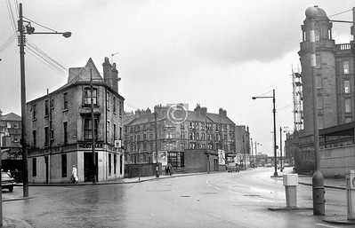 The fork of Glebe St and Castle St.    March 1973