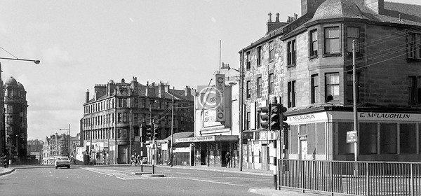 Castle St., west side, south of Monkland St.   Castle St at this time ran seamlessly into Springburn Rd.    April 1973