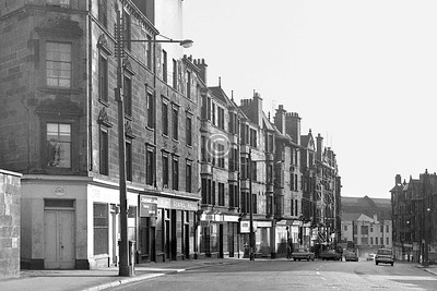 High St below Burrell's Lane.  July 1973