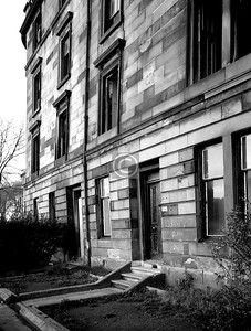 291 Greenhead St.   Unless the photo is unintentionally distorted, that wall is bulging rather badly. Maybe these fine tenements had to come down, but what I can't understand is why the site is still vacant, with its pleasant outlook across the river to Richmond Park.  April 1975