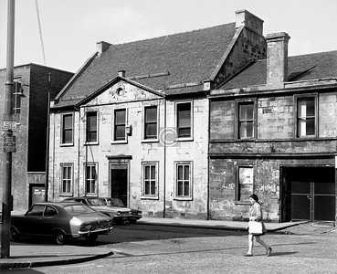 Charlotte St., west side.  This was the last remaining unaltered house of the ten or so built in Charlotte St in the 1780s by Robert Adam, and it has been nicely restored by the  NTS, though its Jane Austen-ish air sits strangely  with the wasteland  it now looks towards.    July 1973