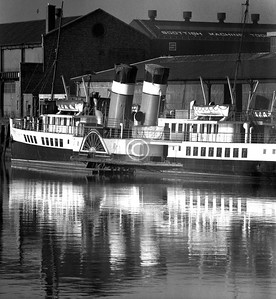 The Waverley laid up for the winter at Finnieston Quay.   December 1975