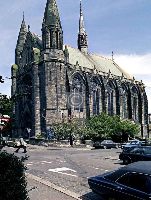 Saltoun St., Belmont-Hillhead Church.