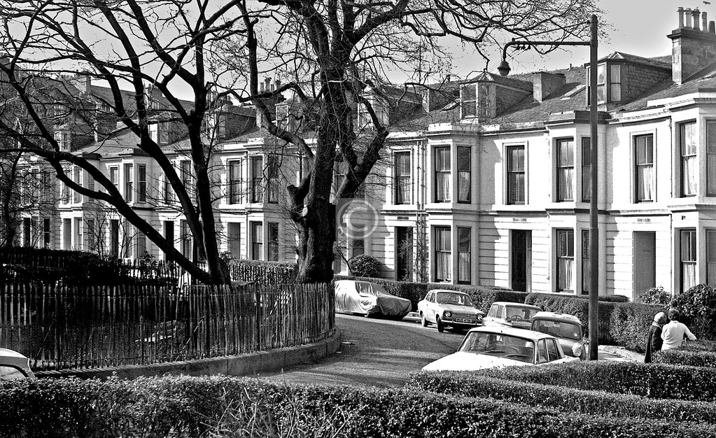 Holyrood Crescent.  March 1974