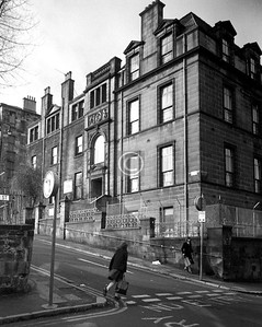 Scott St. / Buccleuch St.  The Mount (originally the Sick Childrens' Hospital, now part of St Aloysius College.)  February 1976