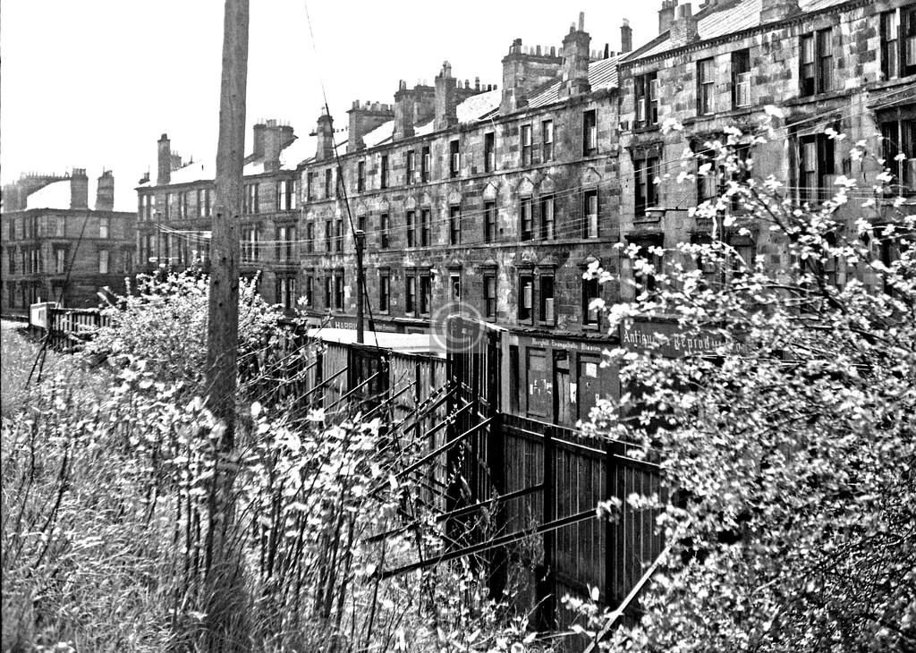Maryhill Rd from the canal.  May 1975