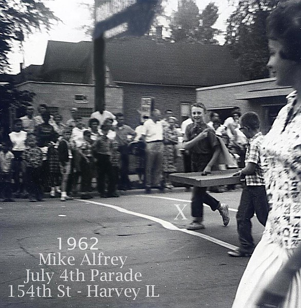 JULY 4TH PARADE - 1962 - HARVEY, IL - LOCATION UNKNOWN
