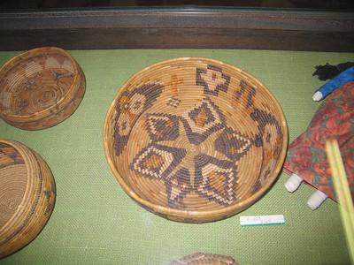 Cahuilla basket, Hemet Museum, 30 Sep 2006