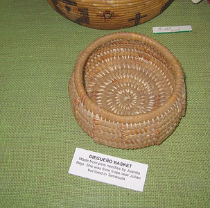 Diegueno basket made of pine needles, Hemet Museum, 30 Sep 2006