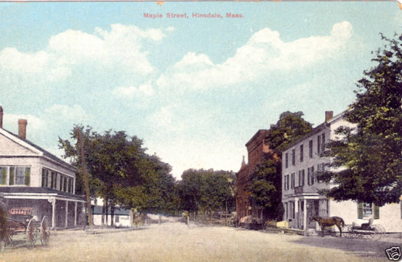 Hinsdale Maple St