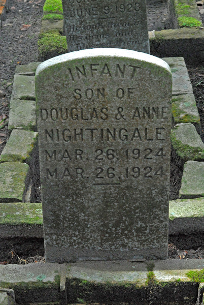 Infant Son Nightingale<br /> Son of Douglas Nightingale and Anne Nghtingale - Oak Grove Cemetary in downtown Brunswick, Georgia - Nightingale Plot