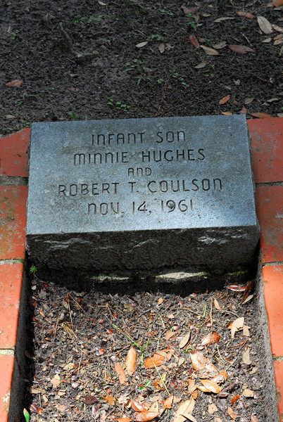 Infant Son Coulson<br /> Son of Robert T. Coulson and Minnie Hughes Coulson - Oak Grove Cemetary in downtown Brunswick, Georgia - Nightingale Plot