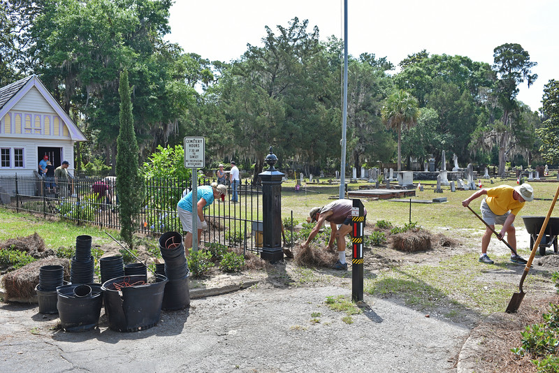 Oak Grove Cemetery Society Entrance and Chapel Beautification Planting Project 05-13-16