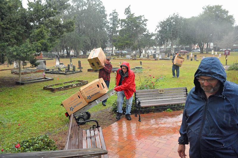 OGCS Wreaths Arrive for Wraths Across America Program 12-16-20