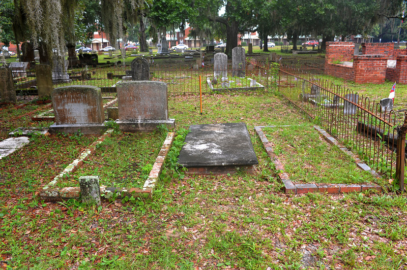 Dent Plot at Oak Grove Cemetery plus newly found Grave by OGCS sponsored by Friends of Hofwyl 07-14-18