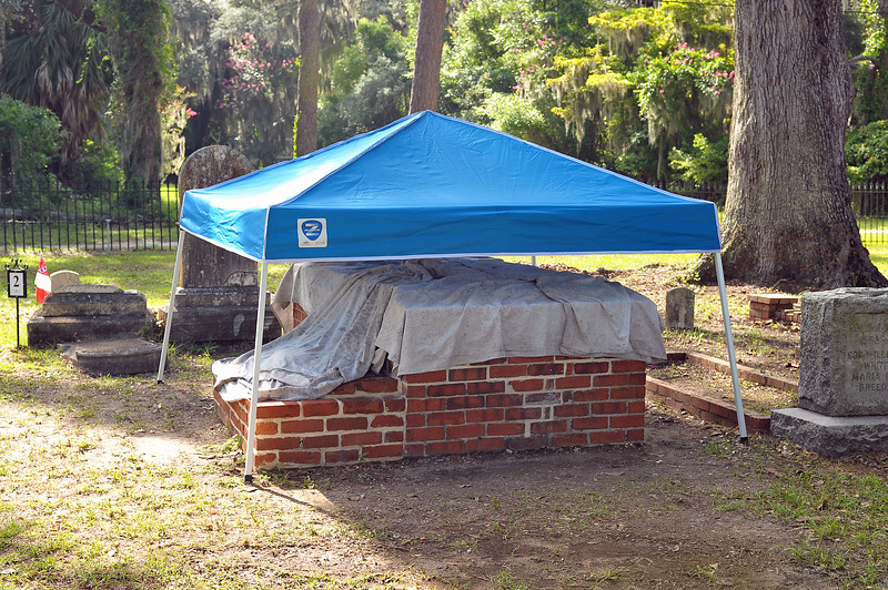 Oak Grove Cemetery Society sponsors Whitfield tombs restoration Update 07-15-19