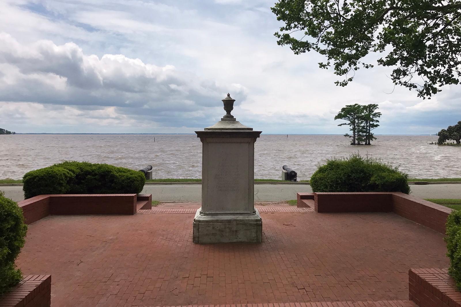 Joseph Hewes Memorial