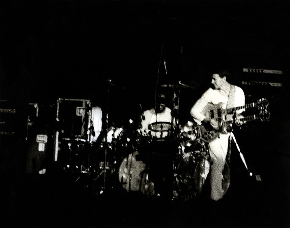 Mahavishnu Orchestra -Mahavishnu_Orchestra The Mahavishnu Orchestra was the name of two jazz-rock groups led by John McLaughlin, in 1971–1976 and 1984–1987. <br /> Band Members<br /> (1971–1973)<br /> John McLaughlin - guitar<br /> Jan Hammer - keyboards<br /> Jerry Goodman - violin<br /> Rick Laird - bass guitar<br /> Billy Cobham - drums