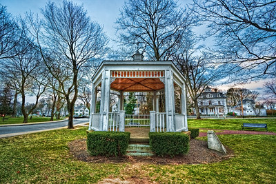 Gazebo, Wrentham MA   EF-S 10-22mm f/3.5-4.5 USM @ 10mm ISO 100, f/11 at 1/8, 1/2 and 2 second exposures