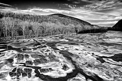 The Potomac River at Harper's Ferry : Frozen in Time