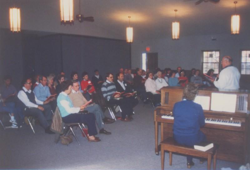 Dedication Service, December 10, 1989       Rose Yahnig on the piano.