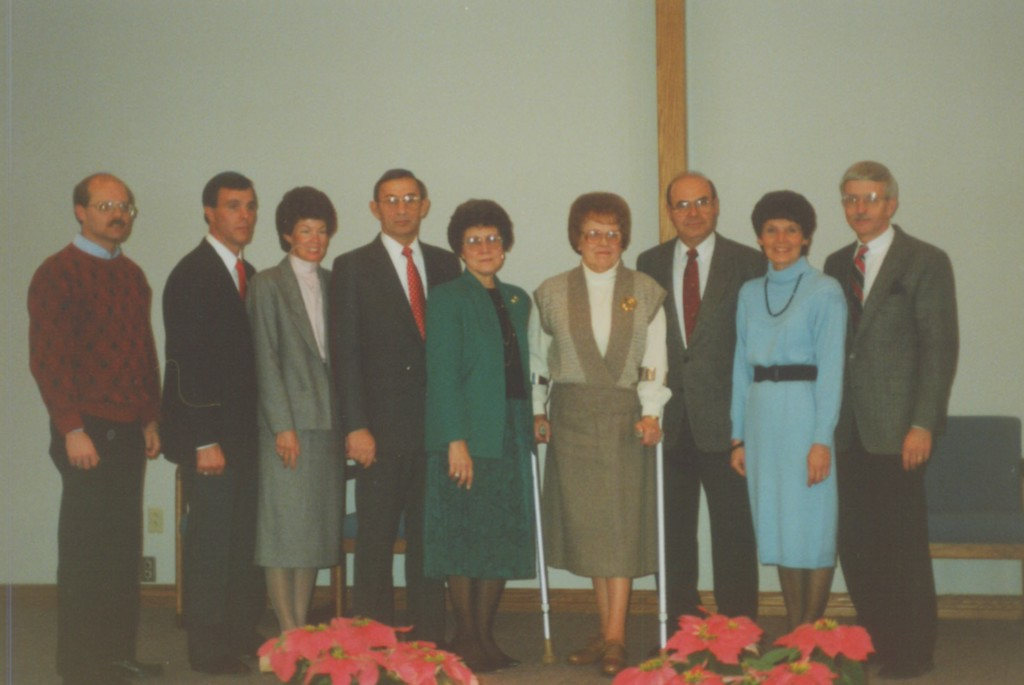 Doug Habegger, Ken & Beth, along with the donors for Oakwood Chapel:  Herb & Mary Ellen Meier, Jeanette & Charles Rupp, Maureen & Don Roth.