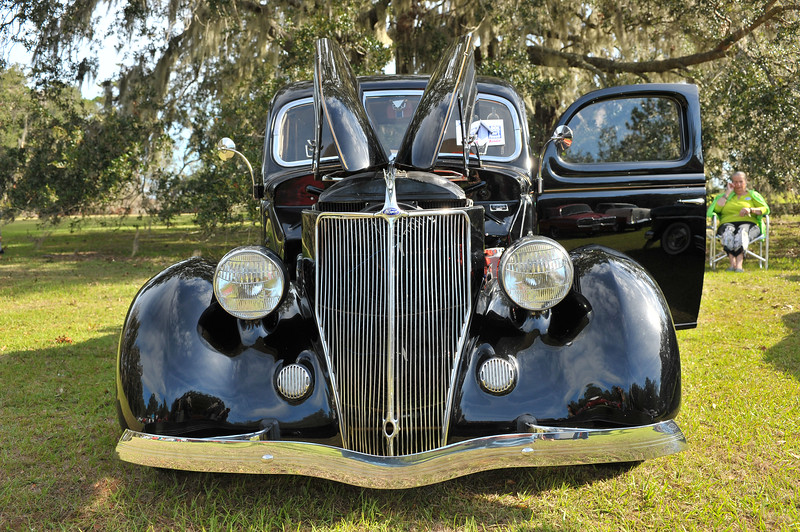 4th Annual Ophelia Classic Car Show at Hofwyl-Broadfield Plantation sponsored by the Friends of Hofwyl 10-21-17