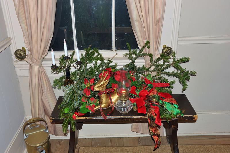 Hofwyl-Broadfield Christmas 12-05-09 - Inside the house