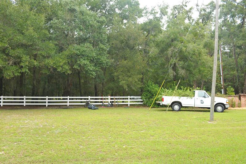 Hofwyl-Broadfield Plantation Free Park Day Volunteer Entrance Cleanup 09-27-14